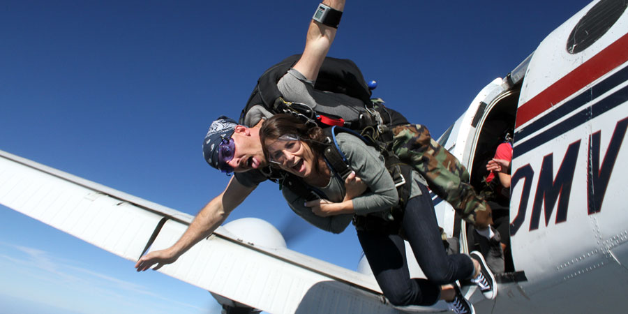Tandem skydiving in Kansas City, Missouri